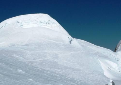 Escalada en el pico Mera