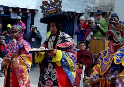 Trekking en el Festival de Tiji